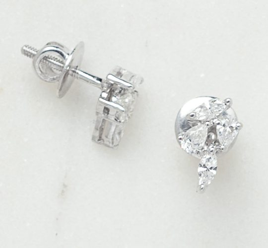 pear diamond stud earrings